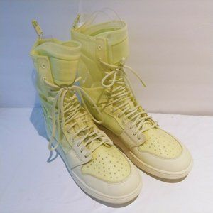 Nike Air 9.5 Women AJ1 Explorer XX AO1529 100